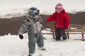 children snow