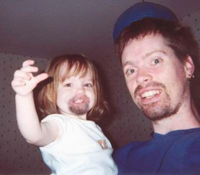 Funny Pictures ofLittle Girl and Dad With Goatee