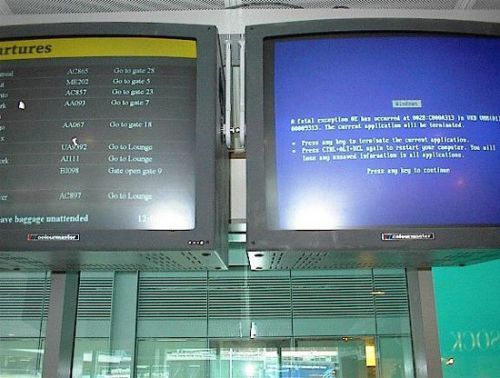Funny Pictures of Blue Screen of Death at Airport